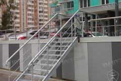 Лестница металлическая с установкой. Ул. Митинская вл. 22