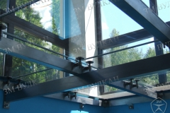 Металлокаркас основания стеклянного пола