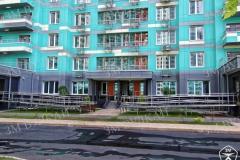 Мы выполняем работы по производству и установке ограждений на объектах жилого строительства г. Москвы и МО