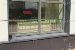 Защитное ограждение окна. Вид с улицы