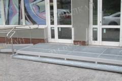 Входная площадка с пандусом для инвалидов быстромонтируемая