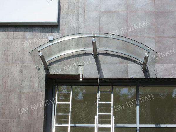 Козырек стеклянный арочный. Тип 8.1