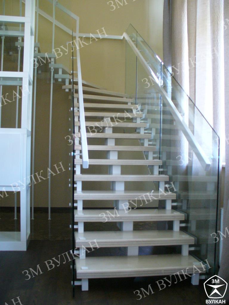 Лестница из металла – долговечность и надежность