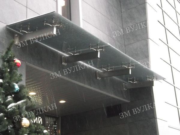 kozyrek tip 3 3 1 600x450 - Козырек из поликарбоната. Тип 3.3