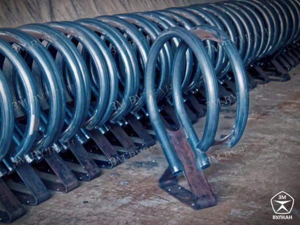 Партия велостоянок на складе производителя. Под заказ и в наличии.