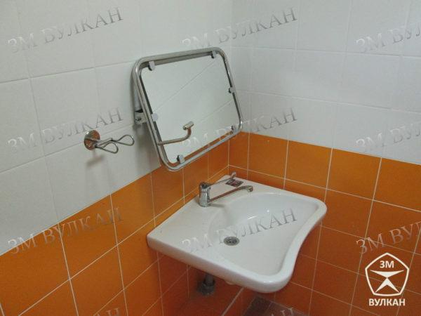 10  600x450 - Зеркало поворотное откидное для инвалидов 600х600 мм антибактериальное